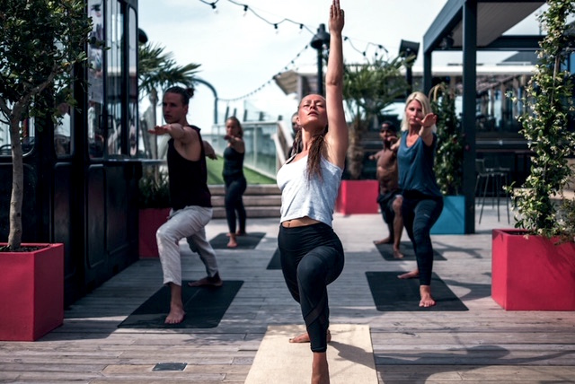 sus yoga 7